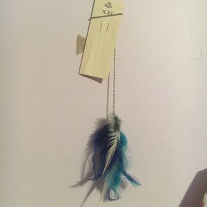 Accessories - Feather hair Piece